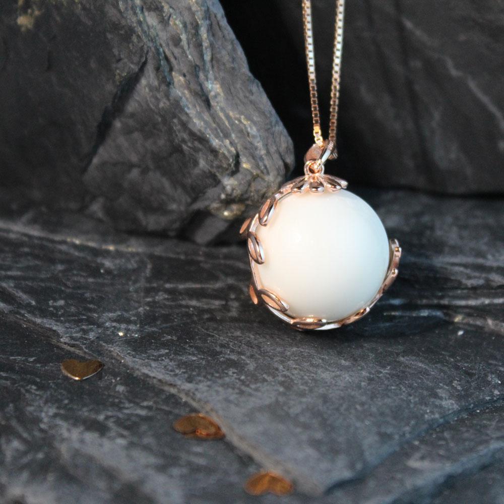 Muttermilchschmuck Perle mit Blumenranke roségold