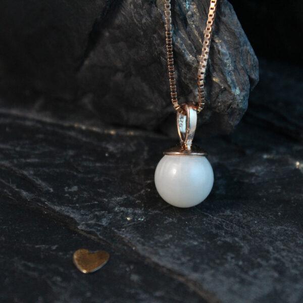 Muttermilchschmuck Perle aus Muttermilch mit großer Öse roségold