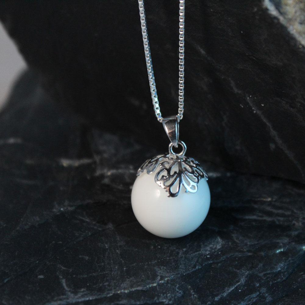 Muttermilchschmuck Perle mit Rankenkappe silber